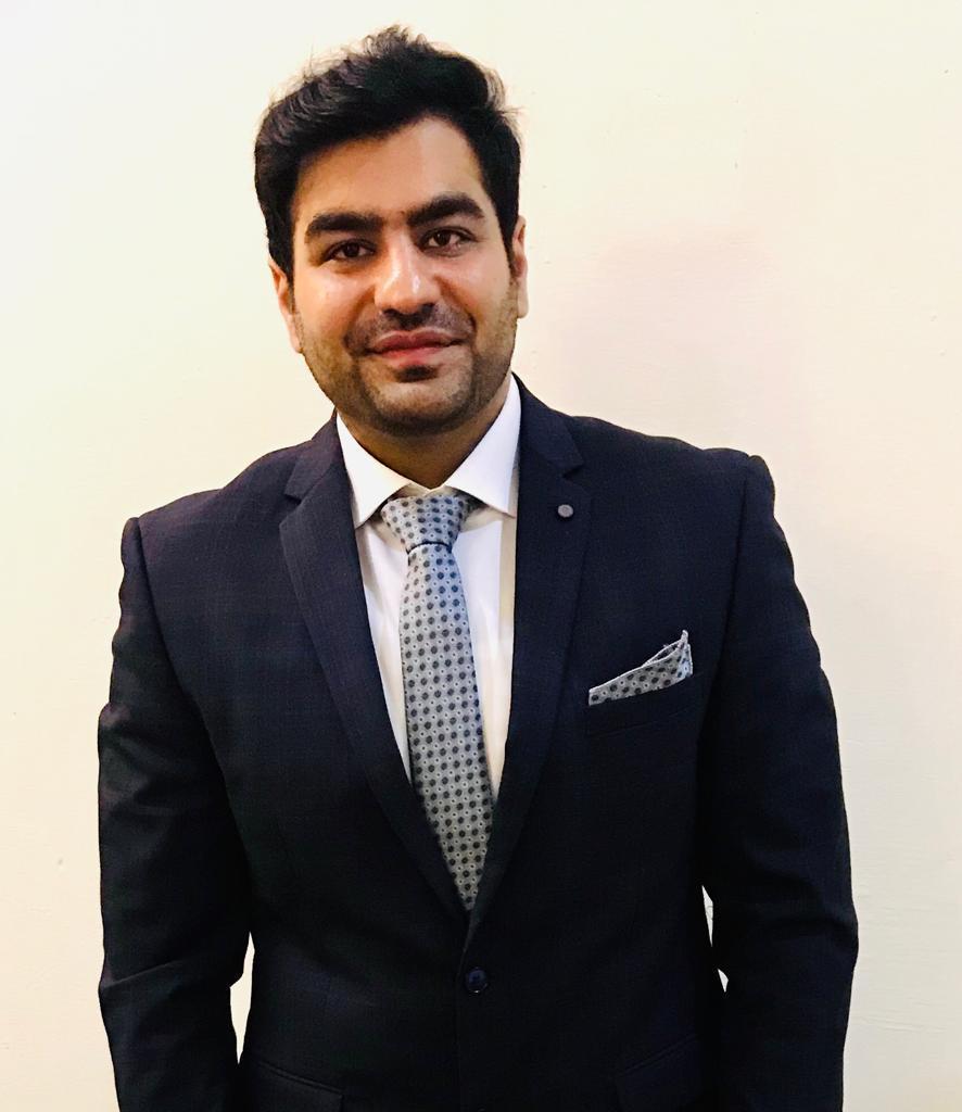 Dr Muhammad Adnan Farhat (Physiotherapist)